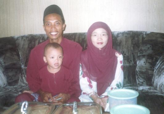 familyrayadis2003.jpg